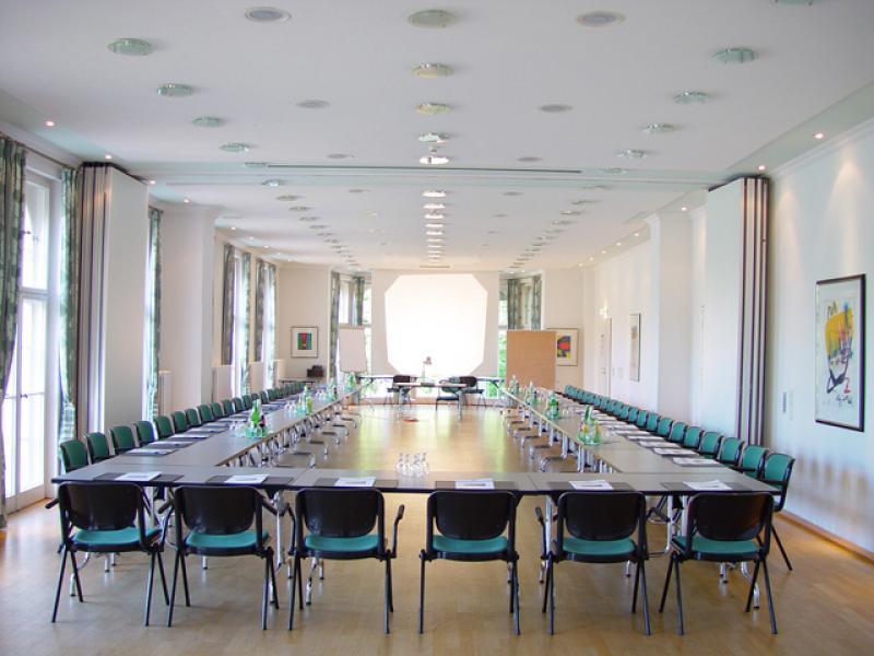 Großer Tagungsraum