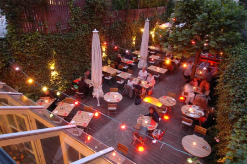 Romantische Terrasse des Heising und Adelmann